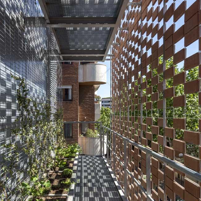 استفاده از پنل های سرامیکی برای طراحی نمای مدرن