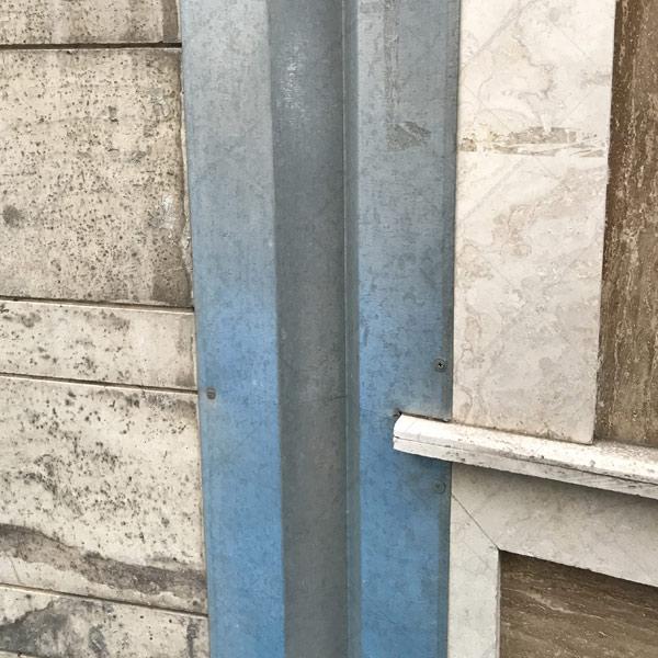 پوشاندن درز انقطاع نمای ساختمان با ورق گالوانیزه